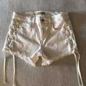 Joe's white shorts